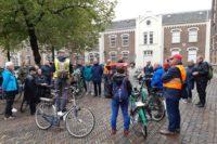 Foto deelnemers fiesttocht Everard Meystetdag 2019 nabij het Agnietenklooster
