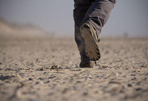 Verlangen: foto van hollende voeten